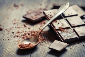 تمام خواص و فواید شکلات تلخ برای بدن